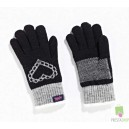 Tottie Knitted Heart Gloves